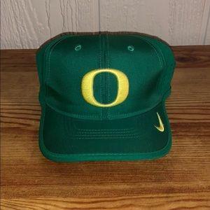 Oregon adjustable hat